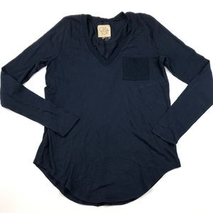 Chaser Brand Top Navy Long Sleeved Soft Comfy NWT